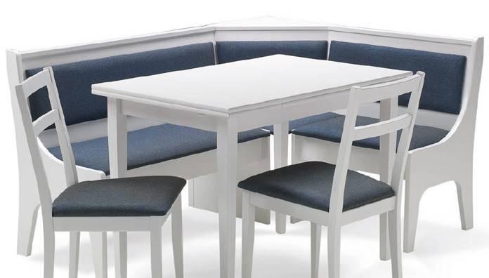 Tavolo Con Sedie In Legno.Panca Mod Badia Angolare Con Tavolo E Due Sedie In Legno Bianco