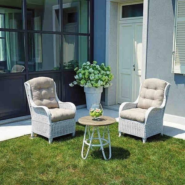 set-da-giardino-agra-in-fibra-naturale-con-cuscini.jpg